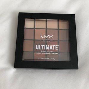 NYX Neutrals Eye Shadow Palette